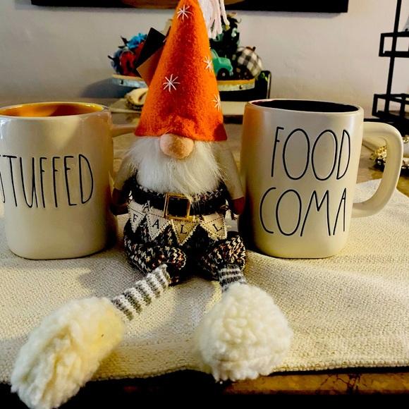 2 Rae Dunn mugs and gnome